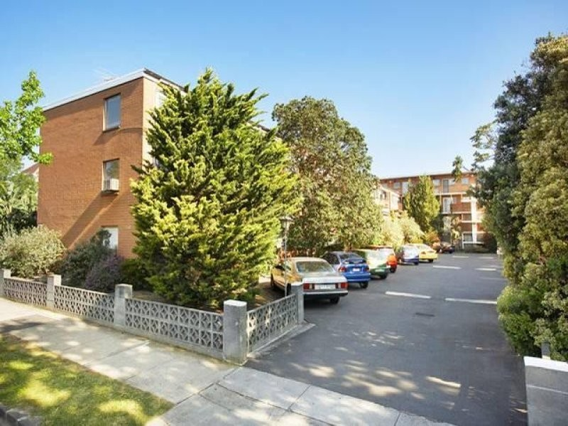 12/6-8 Glen Eira Road, Ripponlea VIC 3185