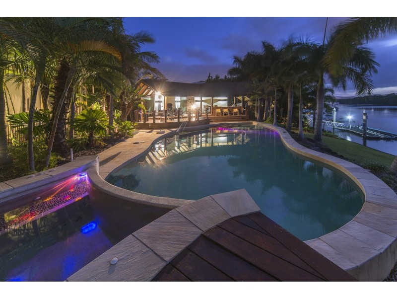 2585 Gracemere Cct Nth, Hope Island QLD 4212