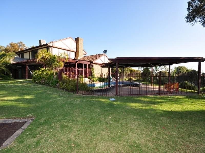29 Grevillea Road, Aberfoyle Park SA 5159