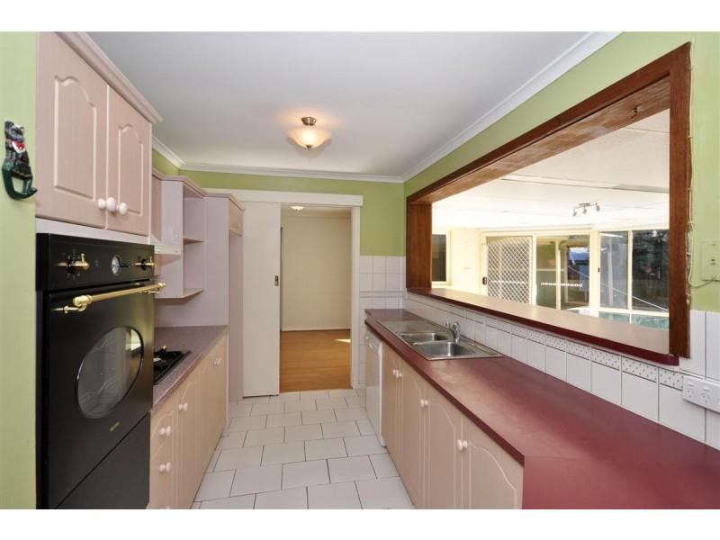19 Jade Crescent, Aberfoyle Park SA 5159