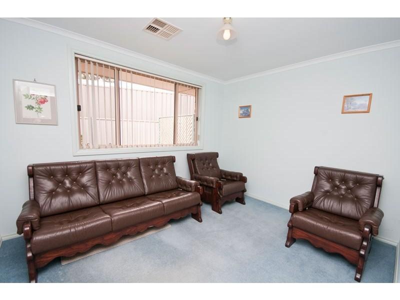 15 Highfield Drive, Aberfoyle Park SA 5159