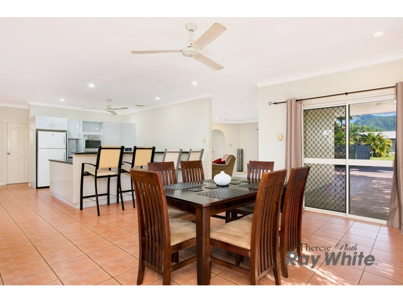 8 Beagle Close, Bentley Park QLD 4869