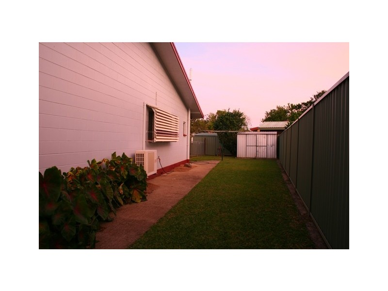 5 Bottlebrush Street, Mooroobool QLD 4870