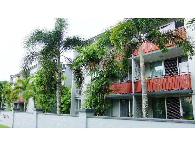 19/186 Lake Street, Cairns North QLD 4870