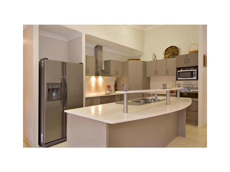 11 Bundey Street, Bentley Park QLD 4869