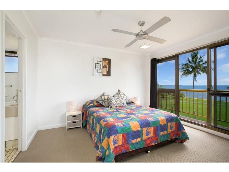 17/249 Esplanade, Cairns North QLD 4870