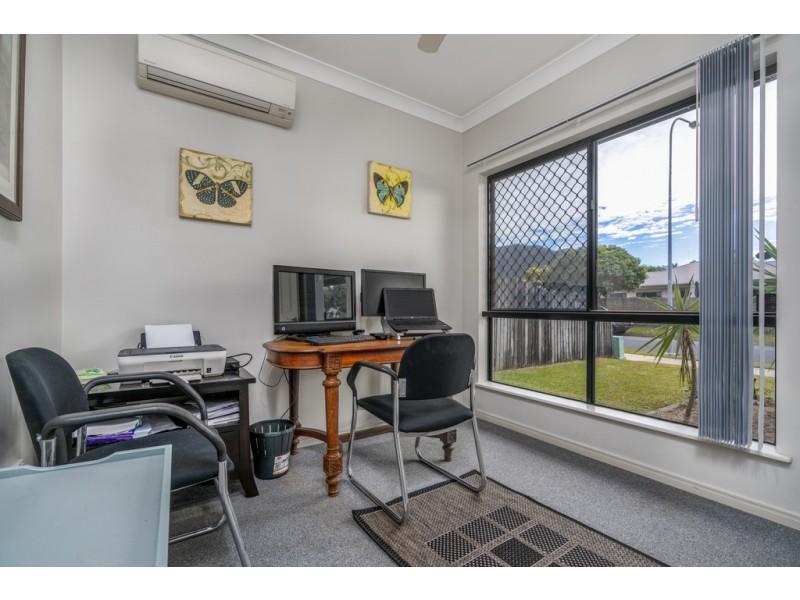 28 Timberlea Drive East, Bentley Park QLD 4869
