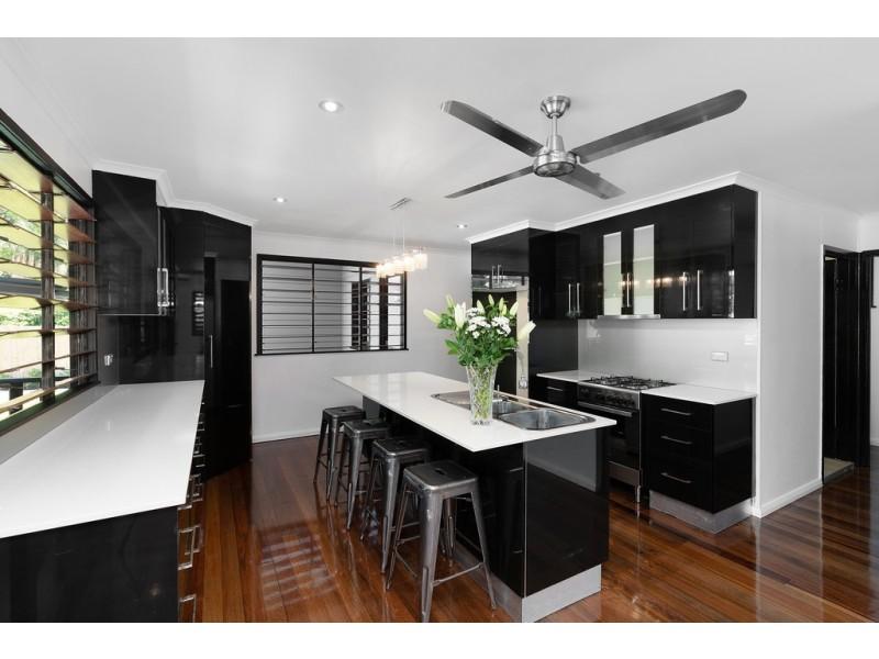 8 Palmerston Street, Aeroglen QLD 4870