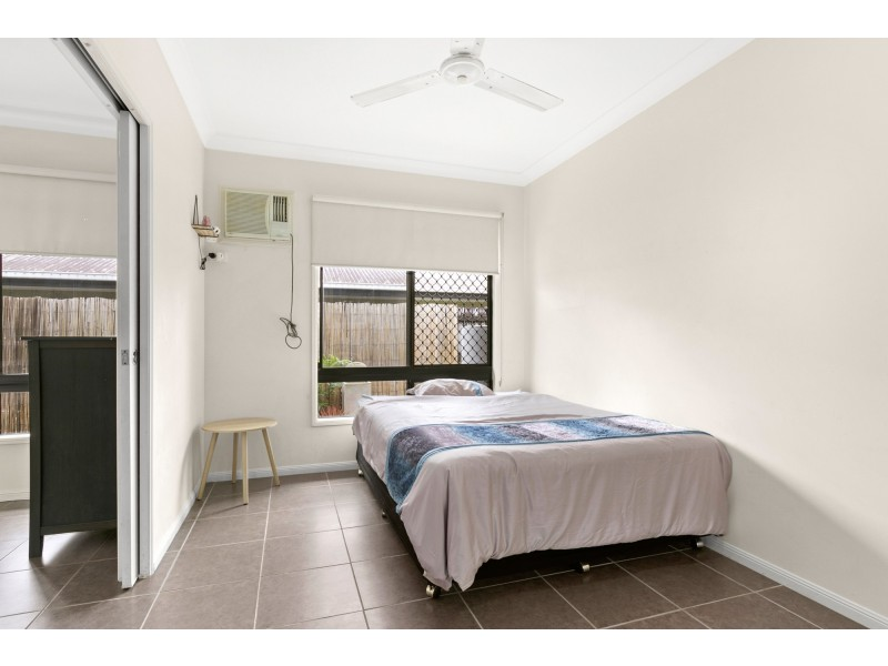 12 Starr Close, Bentley Park QLD 4869