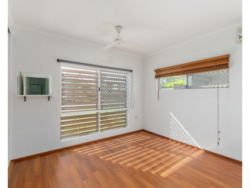 35 Tryal Street, Bentley Park QLD 4869