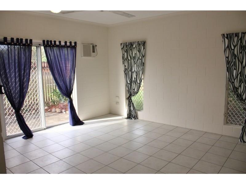 1 / 74 – 82 Swallow Street, Mooroobool QLD 4870