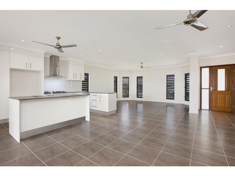 26 Devine Crescent, Gordonvale QLD 4865