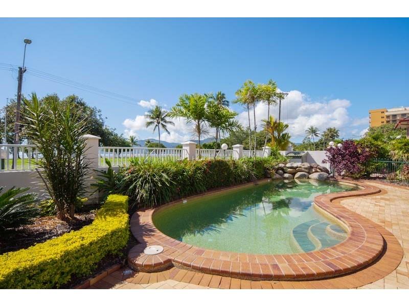 3/267 Esplanade, Cairns North QLD 4870