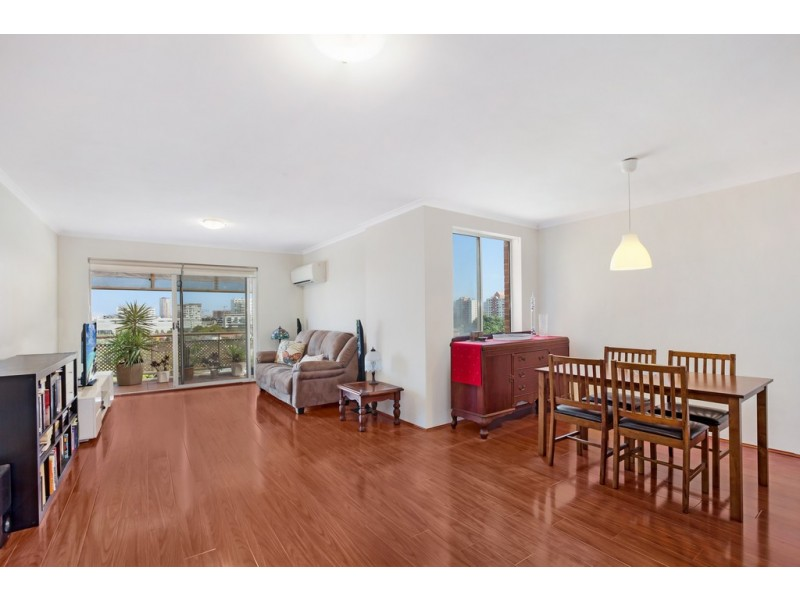 801/1-7 Gloucester Place, Kensington NSW 2033