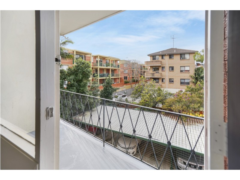 15/11A Byron Street, Coogee NSW 2034