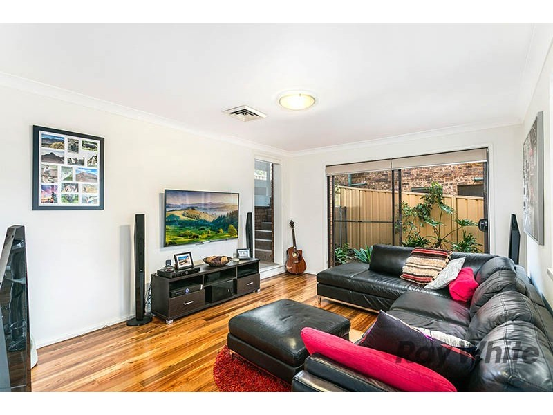 27 KOLOONA AVENUE, Figtree NSW 2525