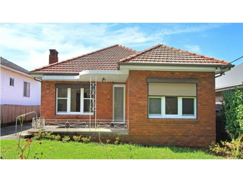 21 Phillips Crescent, Mangerton NSW 2500