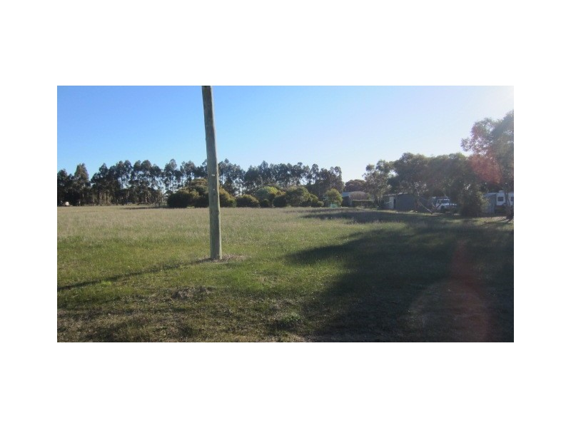 Lot 195 First Avenue, Kendenup WA 6323