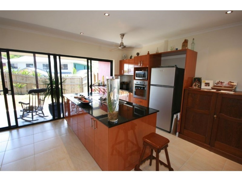 33/25 Abell Road, Cannonvale QLD 4802