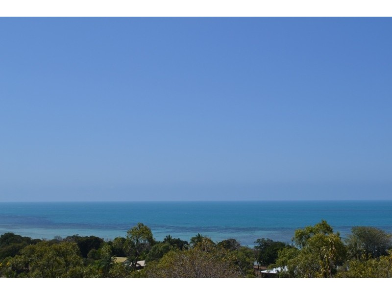 17 Blackcurrant Drive, Hideaway Bay QLD 4800