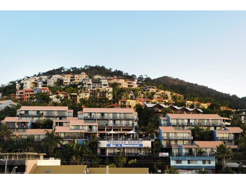 61a/5 Golden Orchid Drive, Airlie Beach QLD 4802