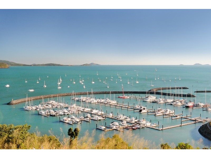 280 Shute Harbour Road, Airlie Beach QLD 4802