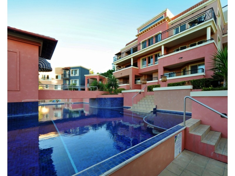 9/18 Golden Orchid Drive, Airlie Beach QLD 4802