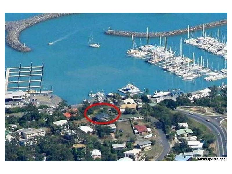 30 Airlie Crescent, Airlie Beach QLD 4802