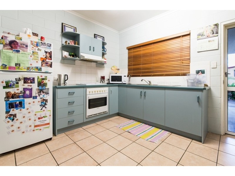 4/5 Eshelby Drive, Cannonvale QLD 4802