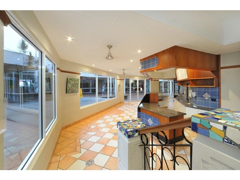 17+18 / 226 Shute Harbour Road, Cannonvale QLD 4802