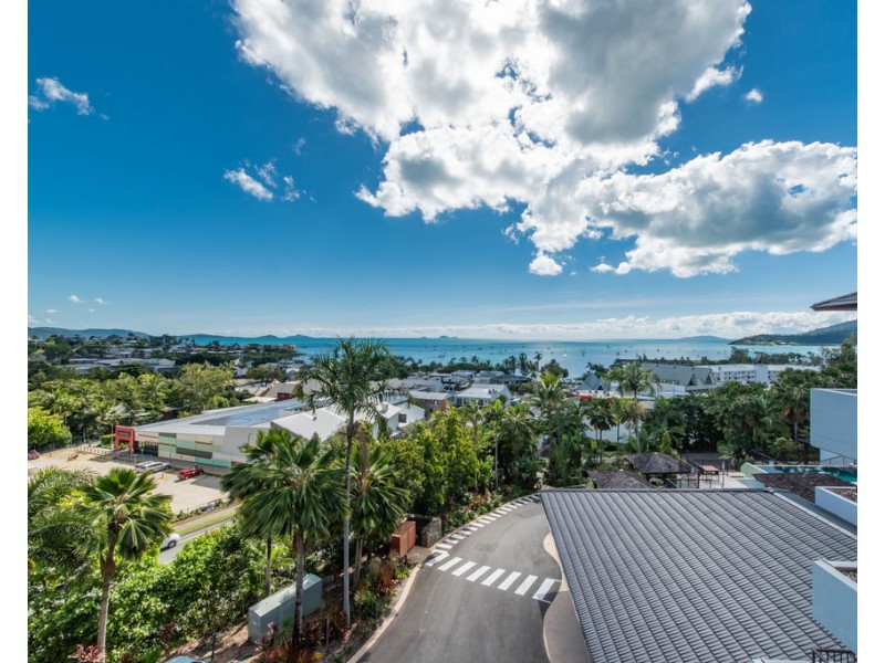 34/4 Golden Orchid Drive, Airlie Beach QLD 4802