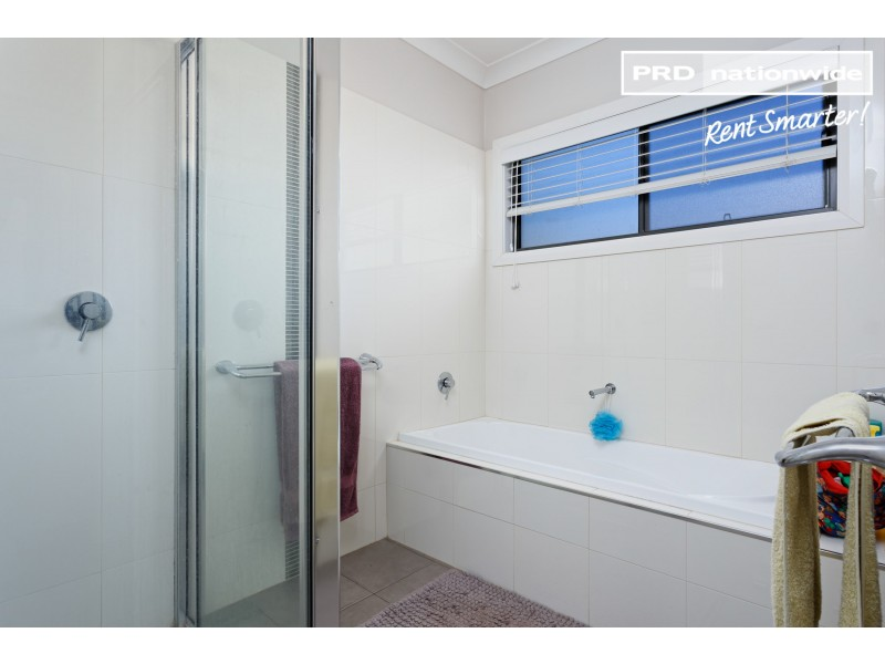 56 Messenger Avenue, Boorooma NSW 2650