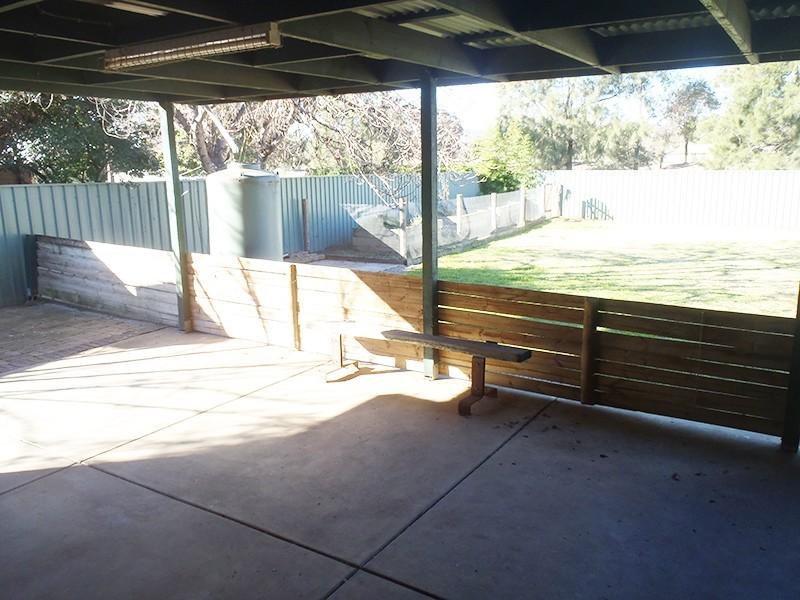 11 Goborra Street, Glenfield Park NSW 2650