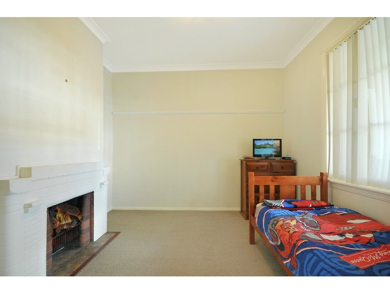 14 Read Avenue, Lithgow NSW 2790