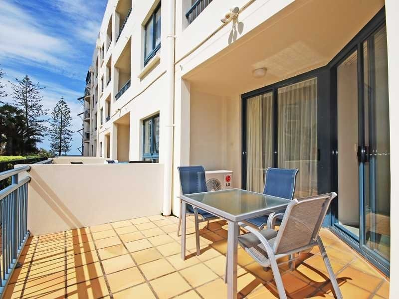 110/99 Griffith Street, Coolangatta QLD 4225
