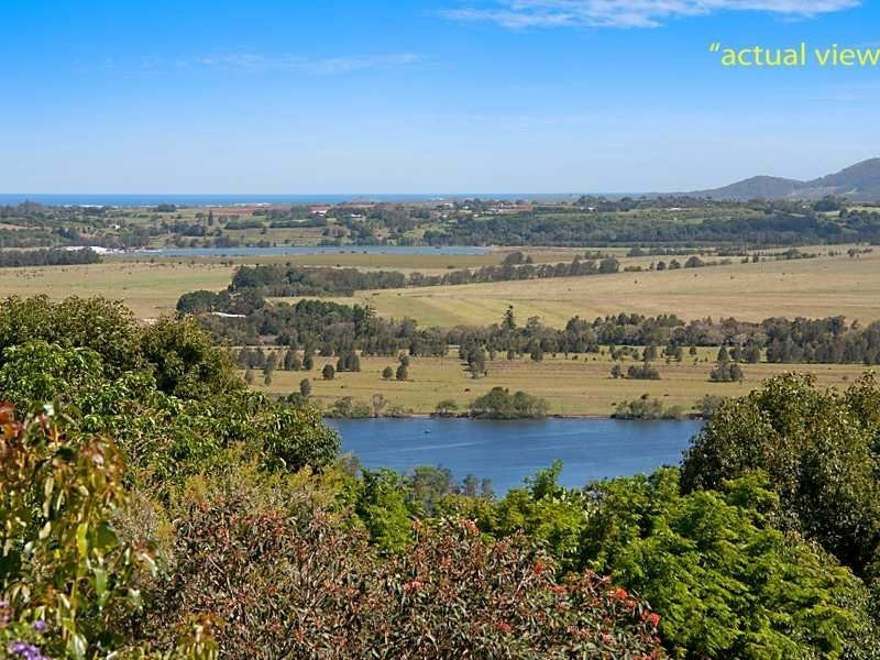 17 The Parapet, Banora Point NSW 2486