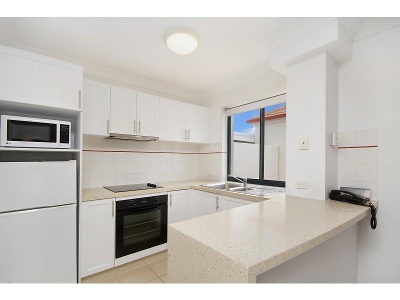 437/99 Griffith Street, Coolangatta QLD 4225