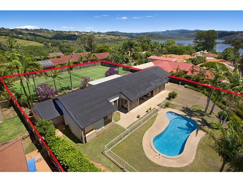 13 Jarrah Place, Banora Point NSW 2486