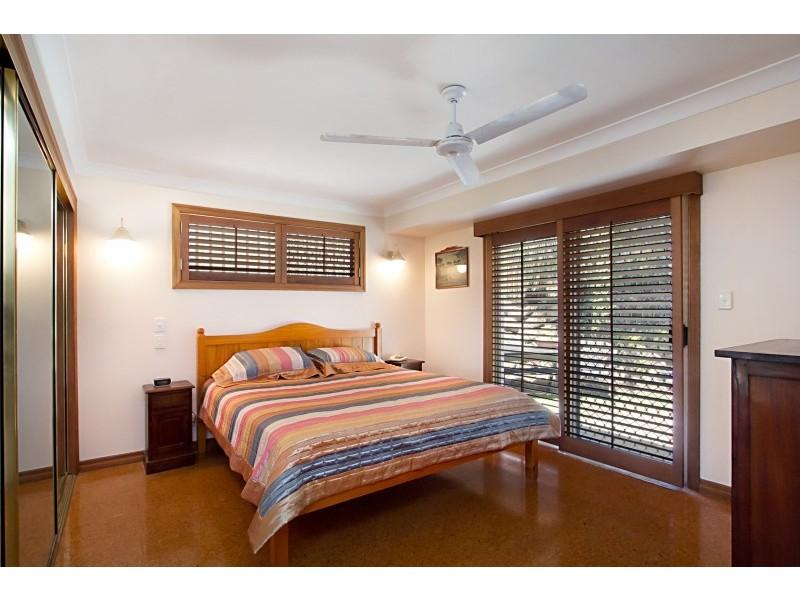 13 Jarrah Place, Banora Point NSW 2486