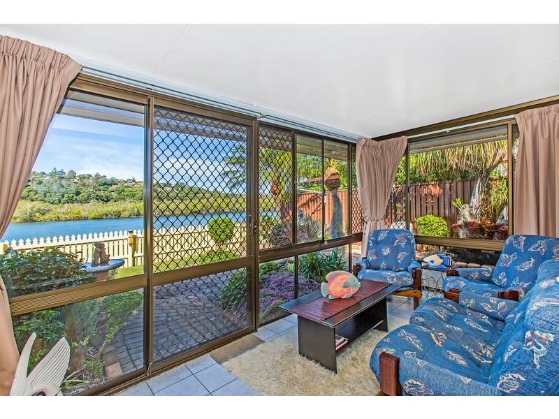 2/113 Sunset Boulevard, Tweed Heads West NSW 2485