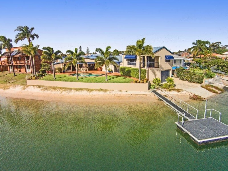 19 Sandpiper Avenue, Tweed Heads NSW 2485
