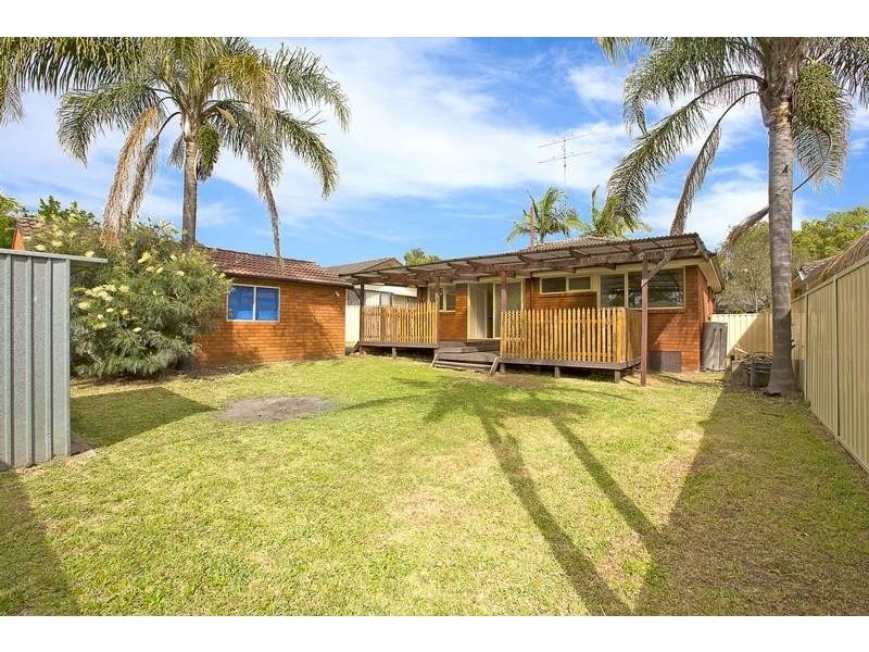 18 Banool Avenue, South Penrith NSW 2750