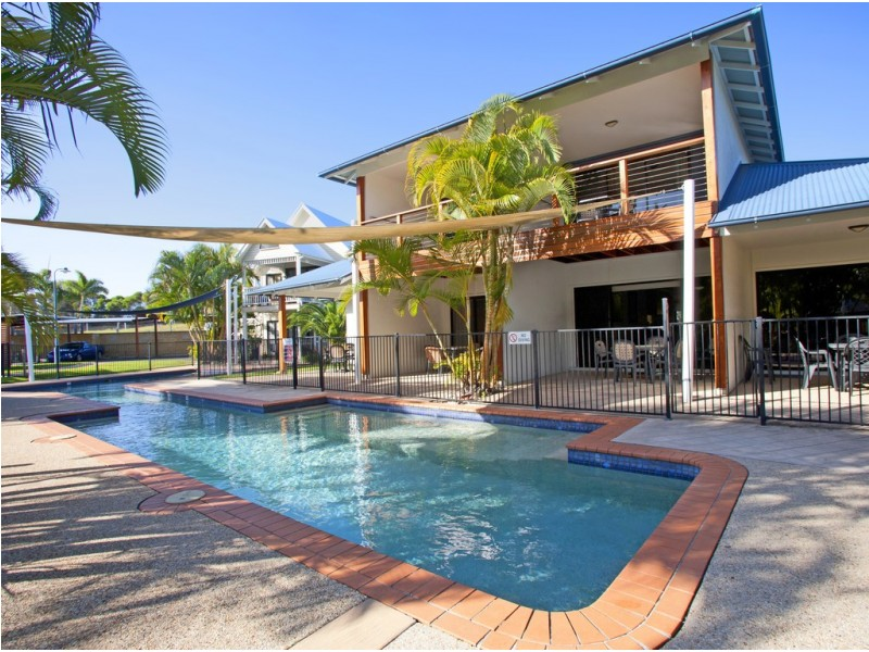 Unit 32/2 Beaches Village Circuit, Agnes Water QLD 4677