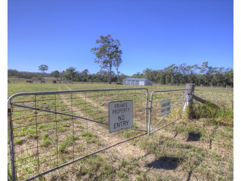14 MAROOLINGAH RD, Agnes Water QLD 4677