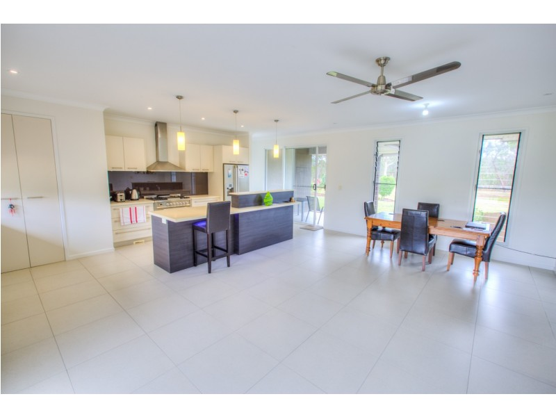 40 Bouch Court, Agnes Water QLD 4677
