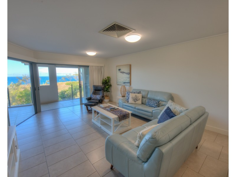 412/1 Beaches Village Circuit, Agnes Water QLD 4677