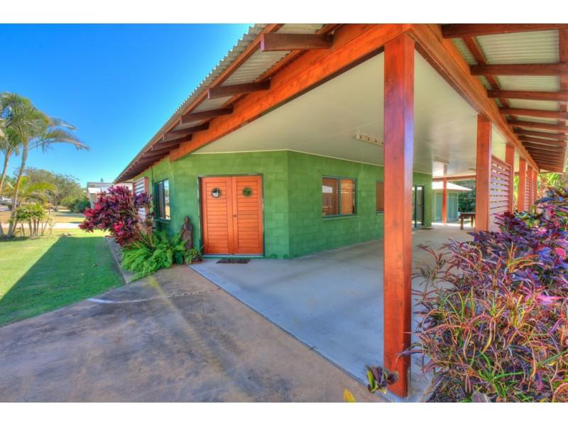19 Joseph Banks Blvd, Agnes Water QLD 4677