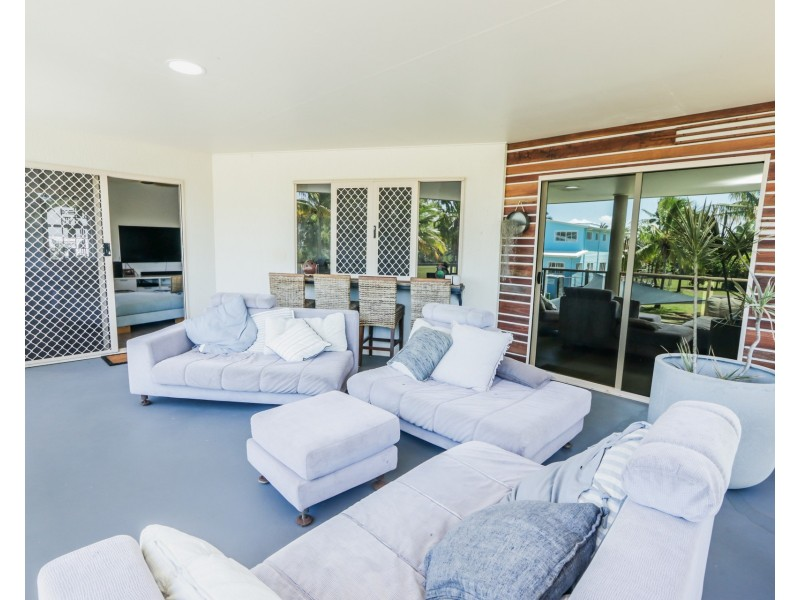 21 Beach Houses Rd, Agnes Water QLD 4677