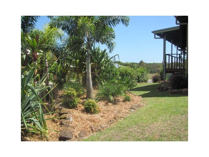 1 Solander Close, Agnes Water QLD 4677