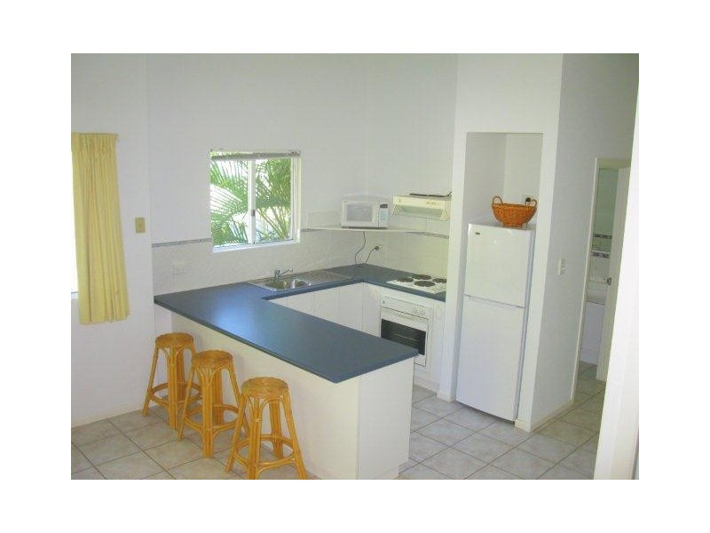 8/40 Captain Cook Drive, Agnes Water QLD 4677